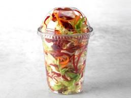 Gemischter Salatbecher