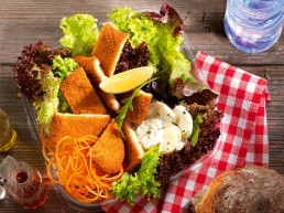 Poulet-Schnitzel-Salat